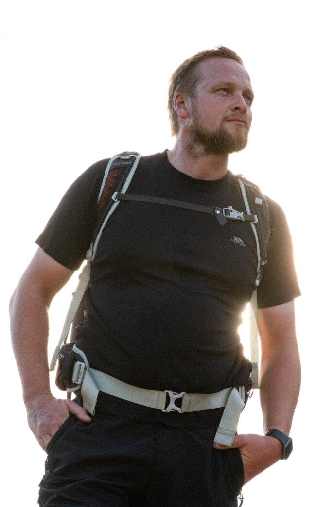 Lee Chapman Everest Film 14