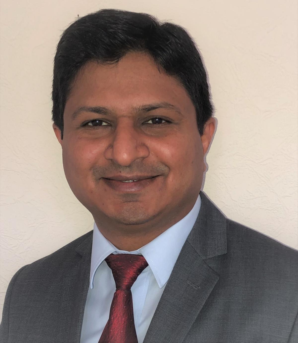 Girish Kabra Headshot 12 06 2020