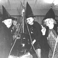 1952-Halloween-Party-Broomhill-Park.png
