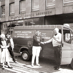 1987-Abdn-Students-Charities-Van-for-Farm.png