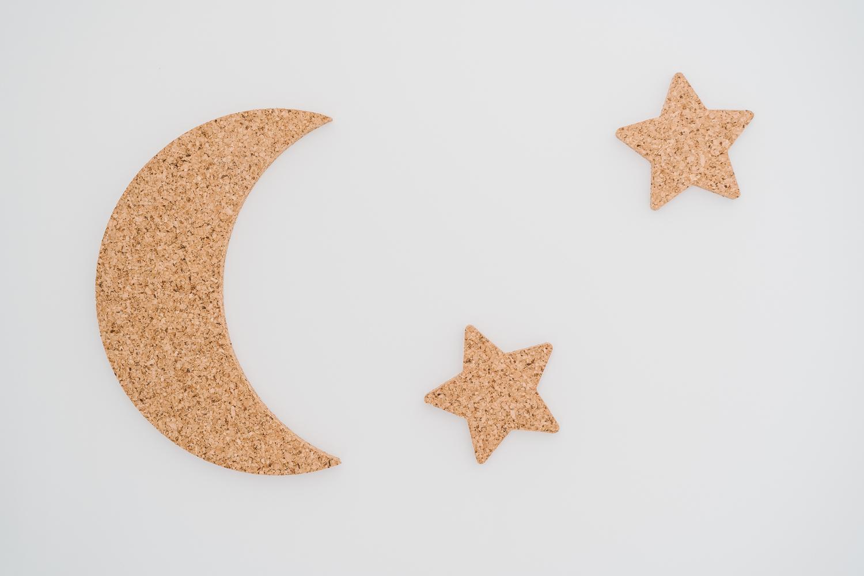 Lua e estrelas em Cortiça Natural