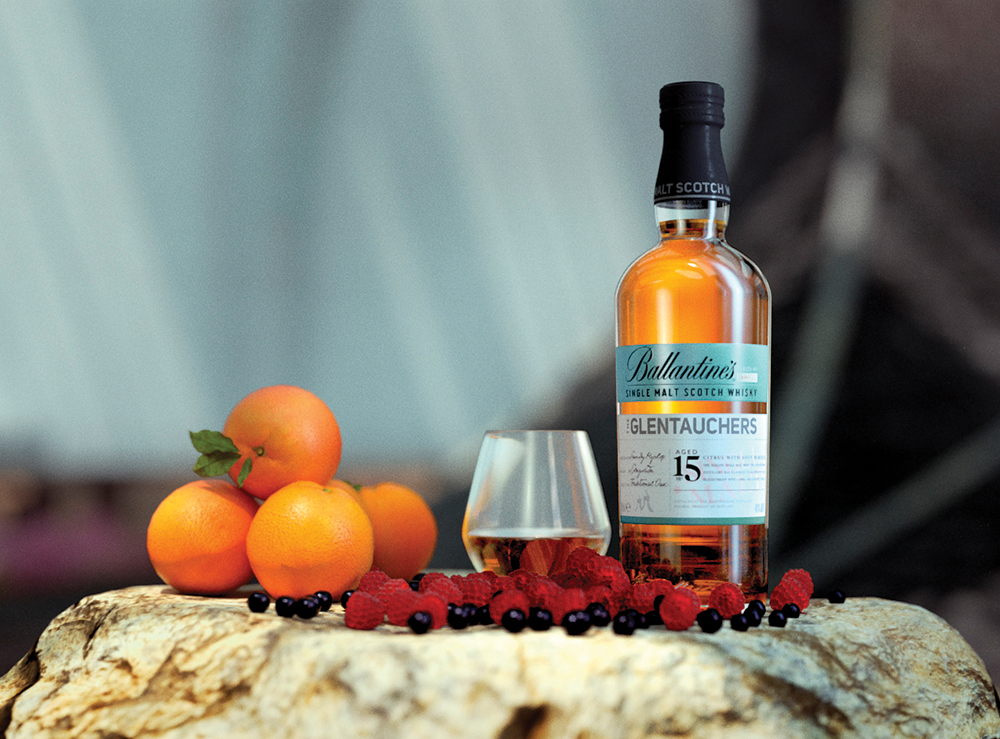 Ballantine's Scotch Whisky   GLENTAUCHERS