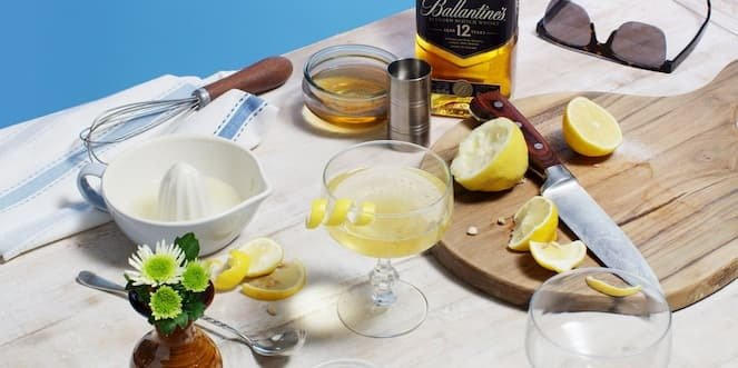 Ballantine's Summer Whisky Cocktail Honey Bubble