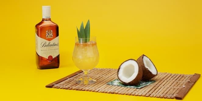 Ballantine's Tropical Whisky Cocktail Coconut Delight