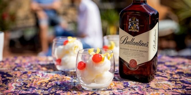 Ballantine's Sweet Whisky Cocktail Lipsmacker Sorbet