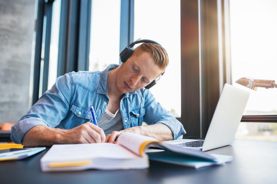 studere på nett