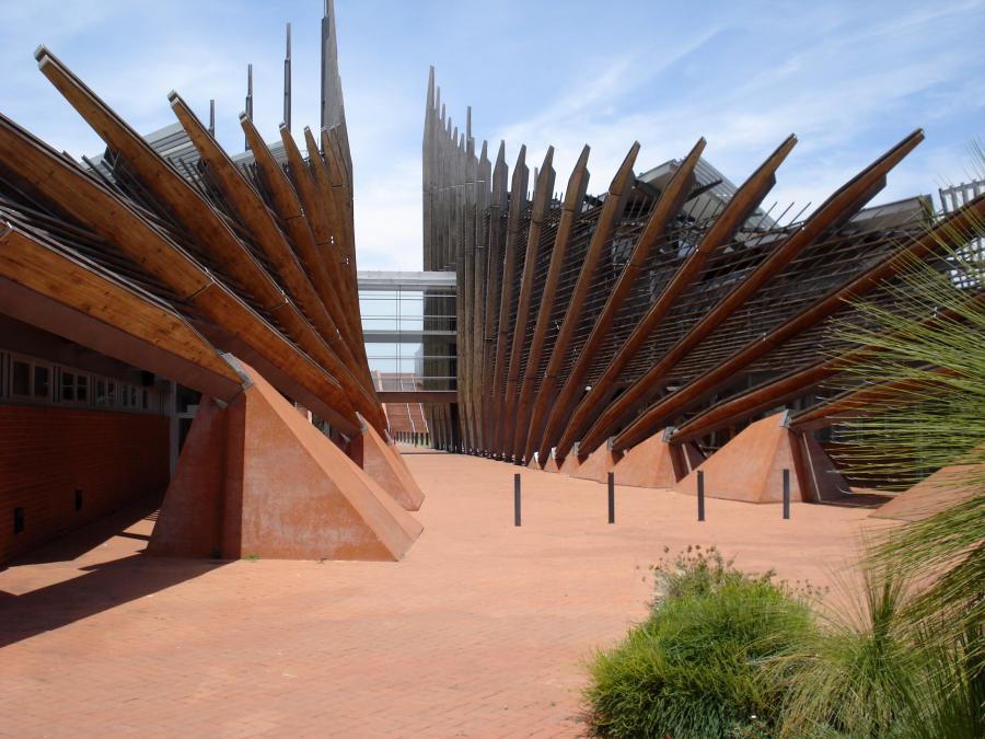 Moderne og dramatisk universitetsbygning på Edith Cowan University