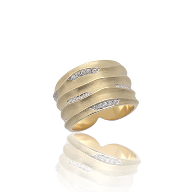 18ct gold Dune cocktail ring with diamonds sparkling along undulating curves