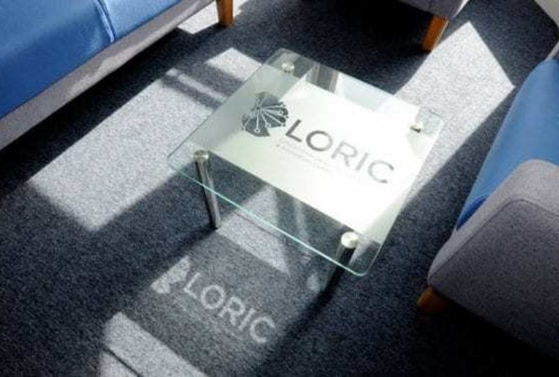 Loric glass table