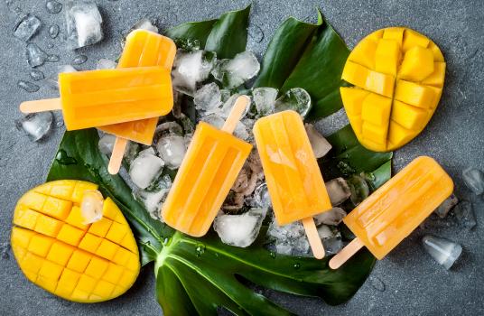 2-Ingredients Mango Popsicles