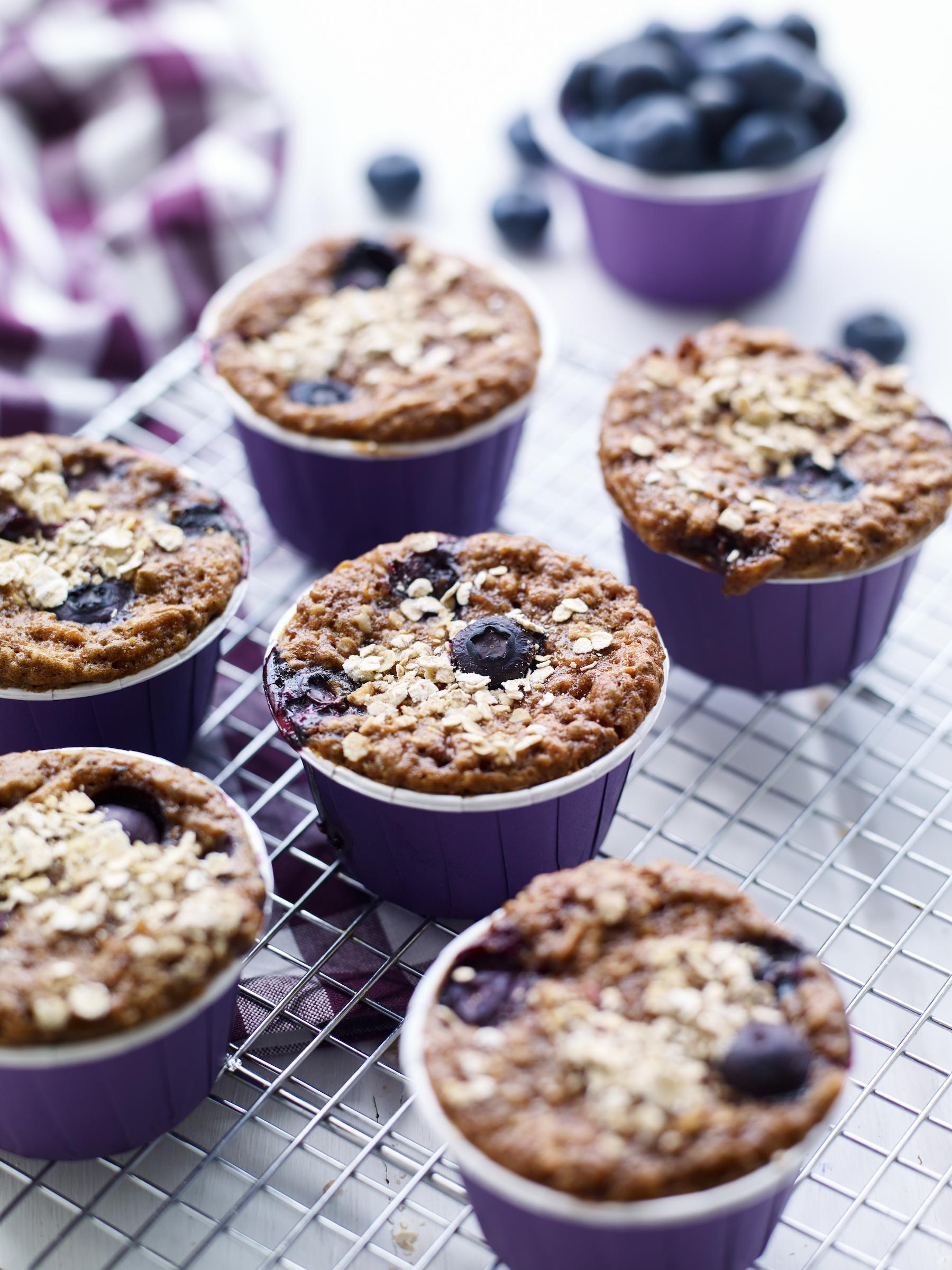 Berry World Health Chia and Blueberry Muffins 75iujk795