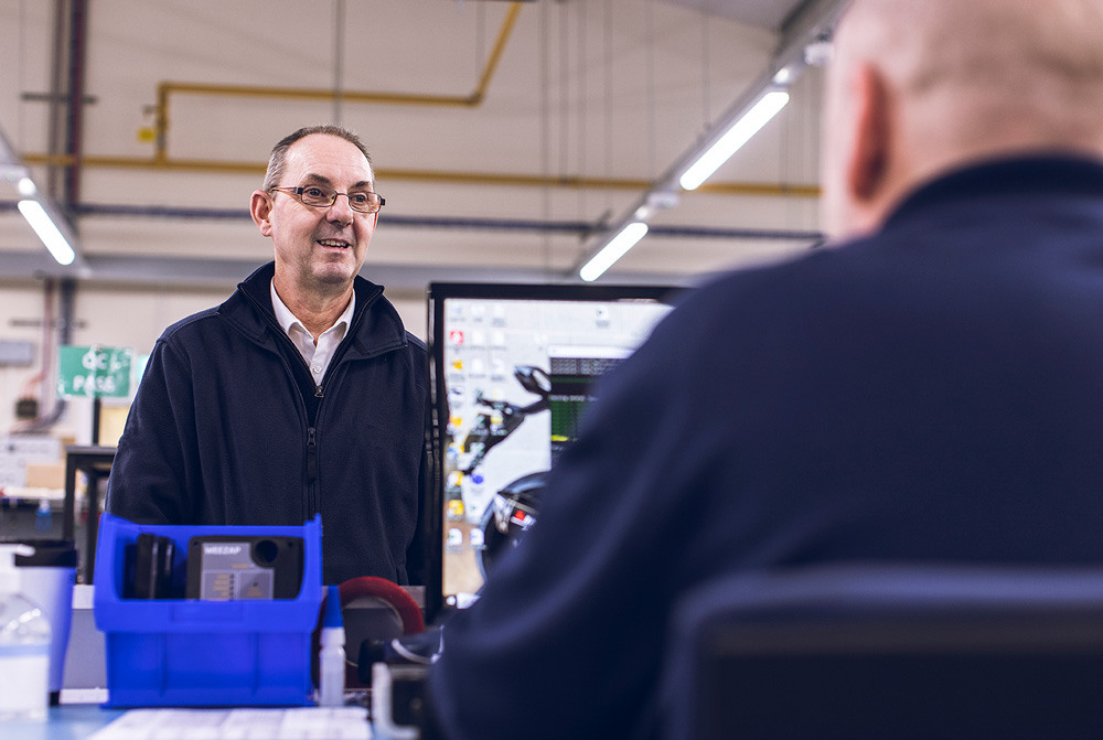Customer service centre 9