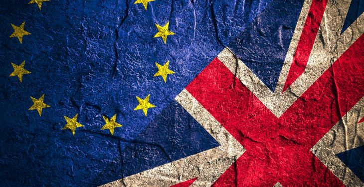 Final Brexit opinion poll puts Remain side in the lead