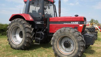 1987 Case IH 1455XL goes to auction…and makes £27,000