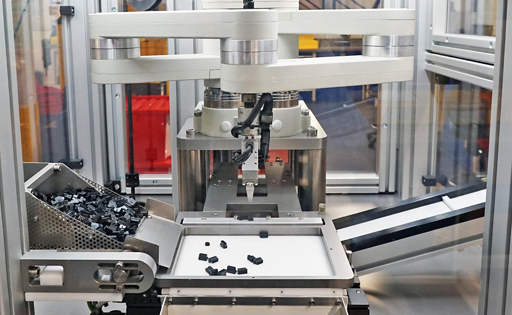 Robot Inspection on Molding station