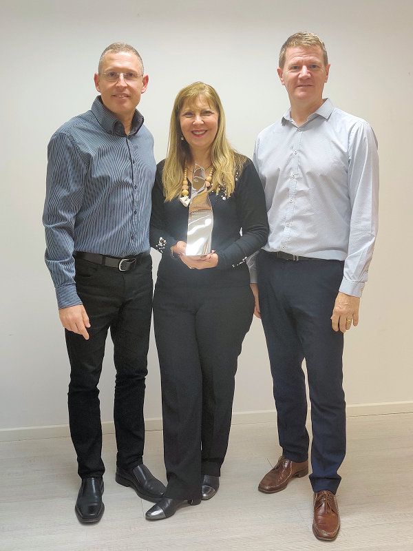 ShirTech receive Sales Excellence Award from Harwin - 2020