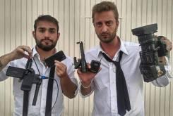 Periodistas italianos le iene