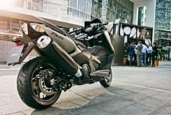 Yamaha TMax 2015 14