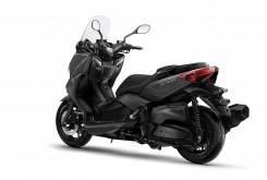 Yamaha XMAX 400 24