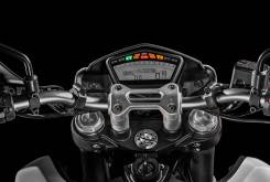 Ducati 2016 Hypermotard 939 12