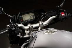 Yamaha MT 10 2016 detalles 04