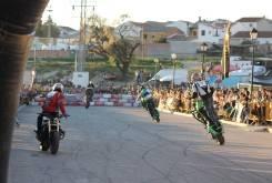 Stunt Motonavo 4