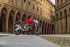 Ducati Monster 821 2015 001