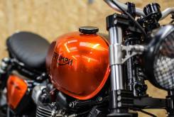 triumph street twin down and out 15