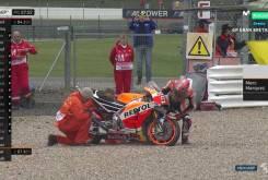 Marc Marquez caida MotoGP Silverstone 2016 01