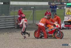 Marc Marquez caida MotoGP Silverstone 2016 02