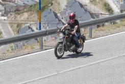 royal enfield continental gt motorbike magazine fotos espia 01