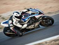 BMW HP4 RACE 2018 01