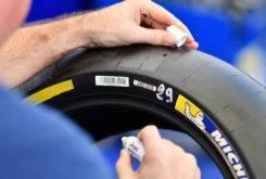 Michelin neumatico delantero MotoGP 2017 01