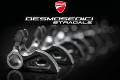 Ducati Desmosedici Stradale V4 2018 00