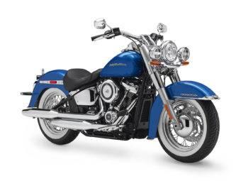 Harley Davidson Softail Deluxe 2018 01