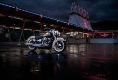 Harley Davidson Softail Deluxe 2018 02