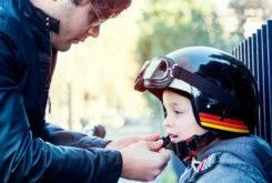 MBKpasajeros niñosmo en moto 45