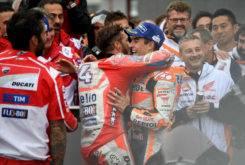 Andrea Dovizioso Marc Marquez GP Japon MotoGP 2017 abrazo