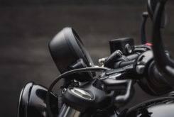Triumph Bonneville Bobber Black 2018 24