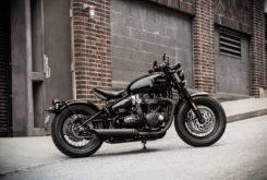 Triumph Bonneville Bobber Black 2018 47