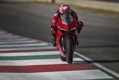 Ducati Panigal V4 2018 15