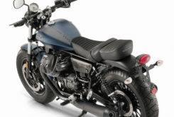 Moto Guzzi V9 Bobber 2018 01
