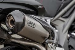 Detalles Triumph Speed Triple RS 2018 48