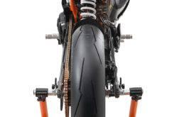 KTM RC 390 R 2018 05