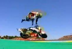 Caida Cal Crutchlow MotoGP Le Mans 2018 01
