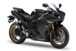 Yamaha YZF R1 2009 01
