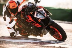 KTM 1290 Super Duke R 2019 09