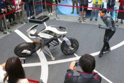 Yamaha MOTOROiD design exhibition 01
