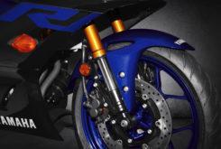 Yamaha YZF R3 2019 14