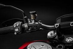 Ducati Hypermotard 950 2019 27
